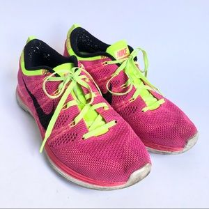 Nike Lunarlon Flyknit One Hot Pink Shoes